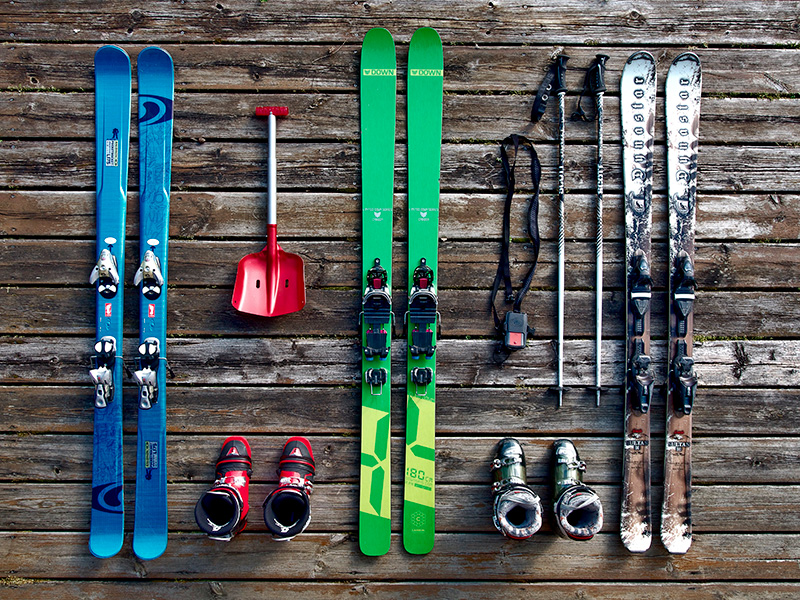 Перевозка горных лыж